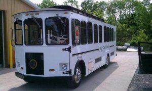 22 passenger spartan trolley exterior 2 - 22-passenger-spartan-trolley-exterior-2