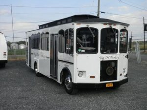22 passenger spartan trolley featured - 22-passenger-spartan-trolley-featured