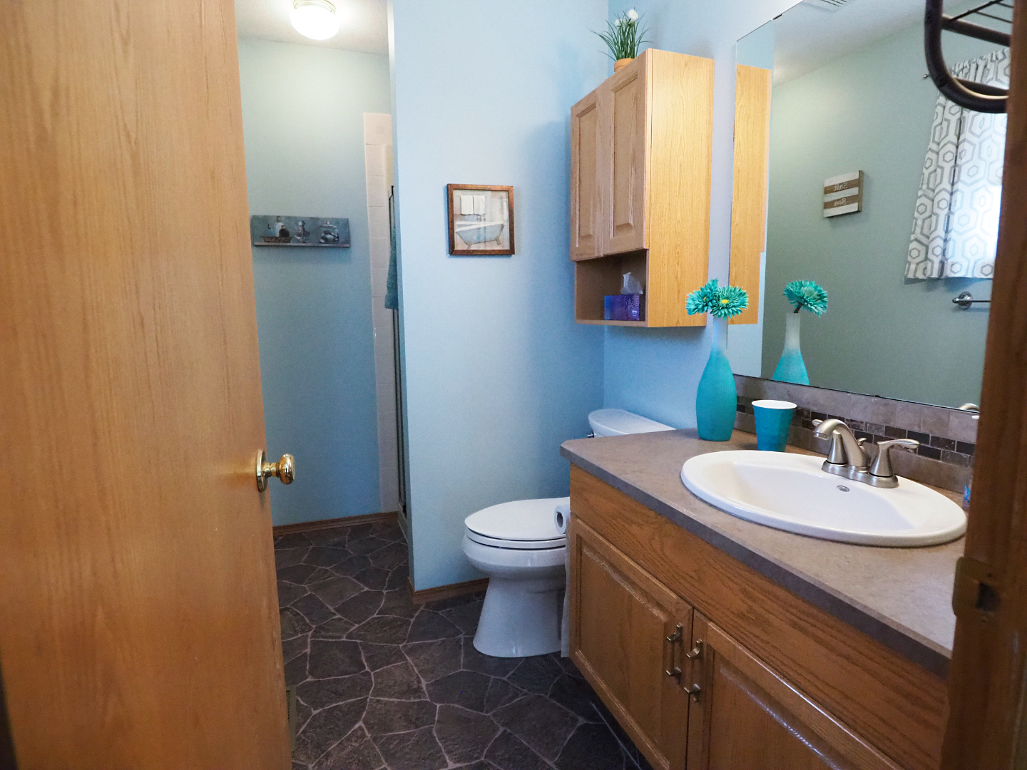 66 Excell Street master ensuite