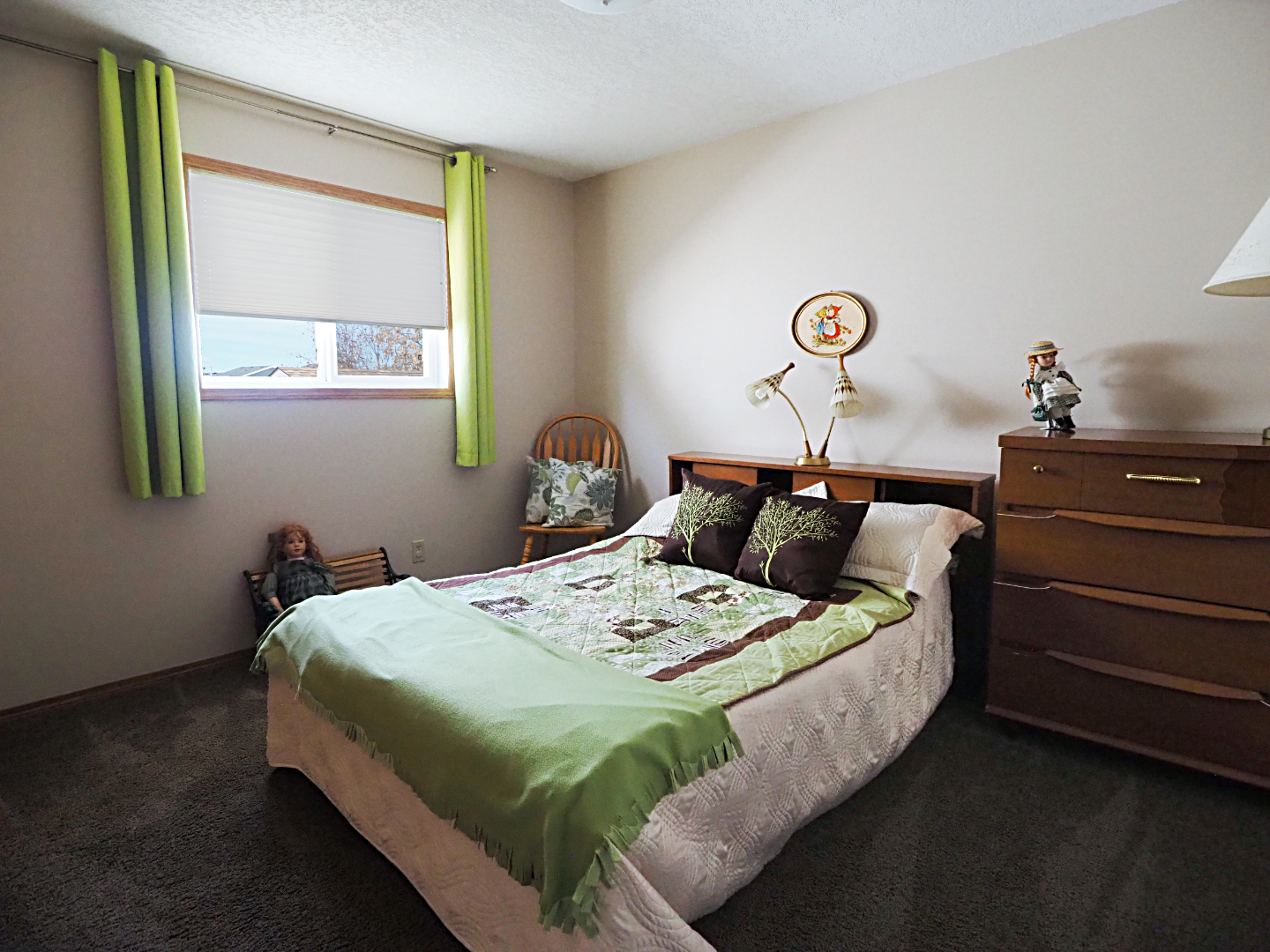66 Excell Street bedroom
