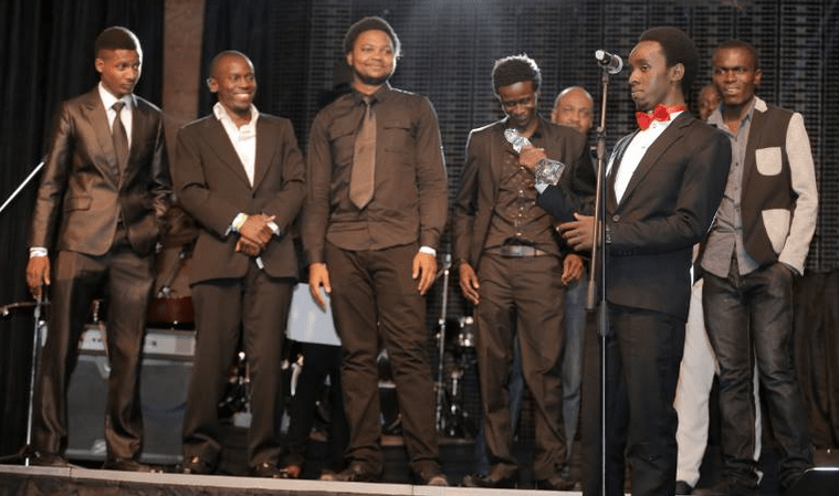 BigEyeUg Team receive the Social Media award for Best Entertainment website