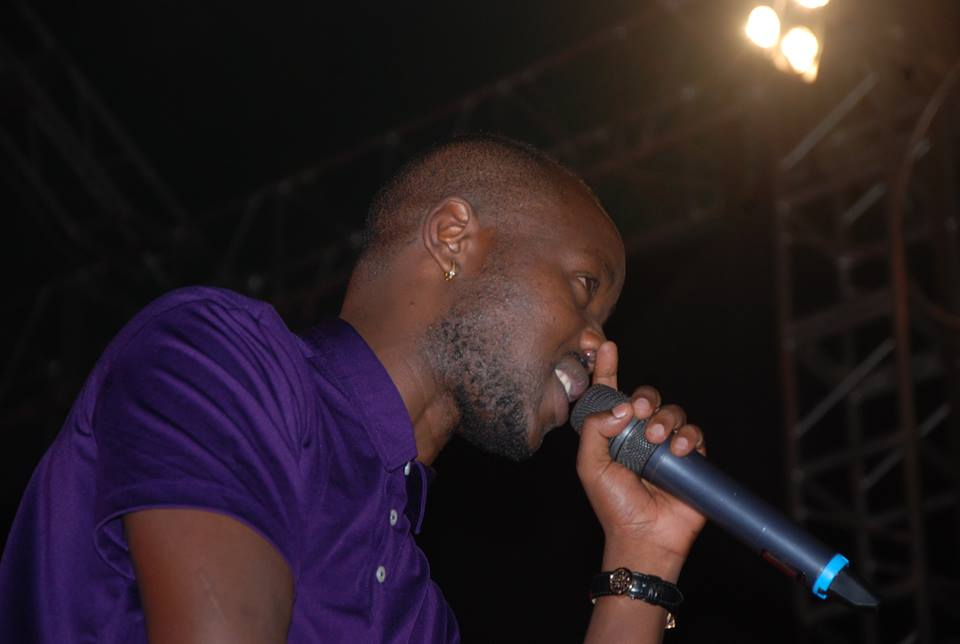 Eddy Kenzo entertaining revelers at Manya concert