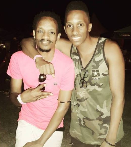 Bruno K poses a photo with Calvin da Entertainer