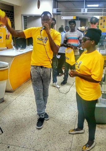 Pallaso selling MTN phones