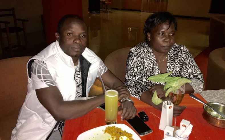 Katsha De'Bank enjoys dinner with his mum