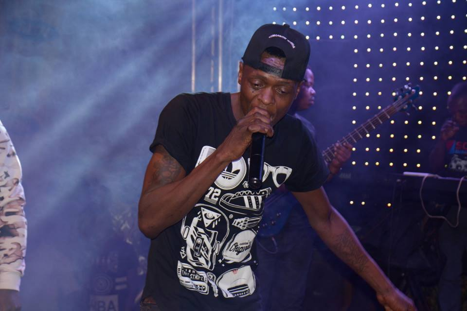 "Chameleone performs at ""Nkuziniremu - Self contained"" concert."