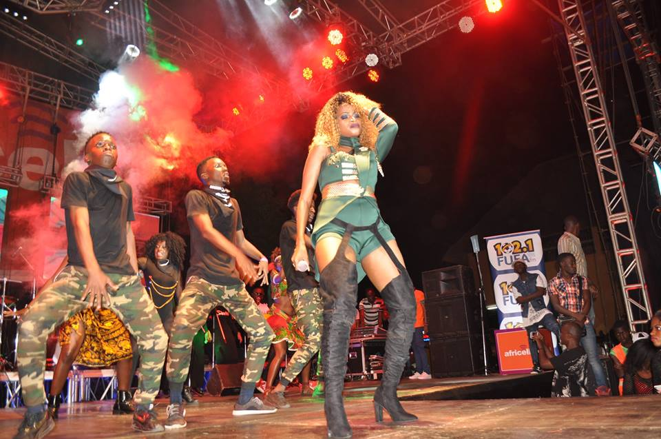 Sheebah performing at Nkwaatako concert