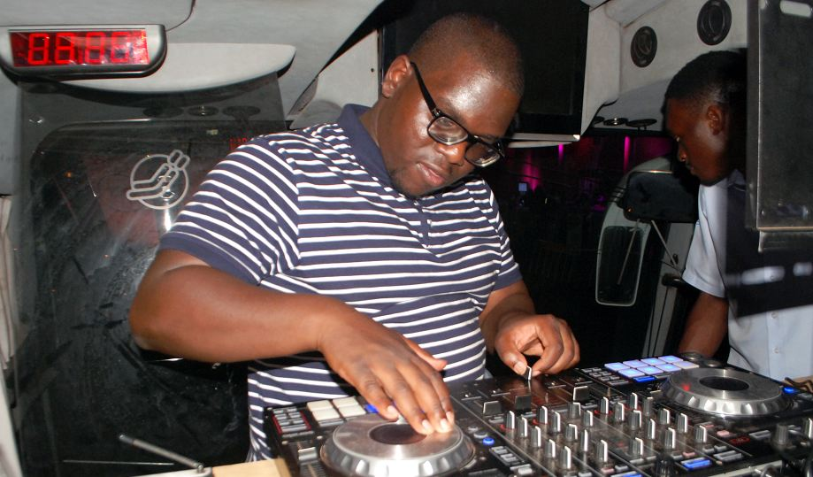 Dj Simples at the Johnnie Walker party bus 2nd edition