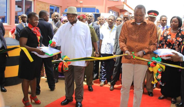 President Yoweri Kaguta Museveni and his Kenyan counterpart President Uhuru Kenyatta officially commissioned the Busia One Stop Border Post on Saturday