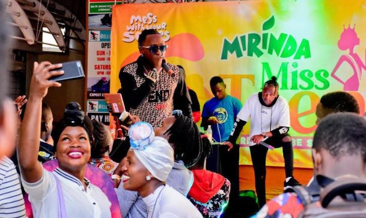 Beenie Gunter performs at the launch of Mirinda Miss Teens held at Garden City mall on Saturday.