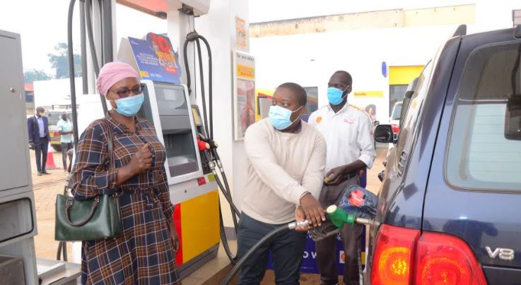 Shell customers rewarded with fuel and airtime in the ongoing nationwide 10 Weeks of cheer reloaded promotion