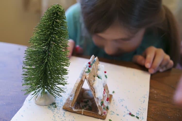 DIY Gingerbread house gift basket