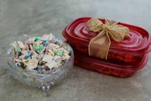 White Chocolate Christmas Crunch Recipe