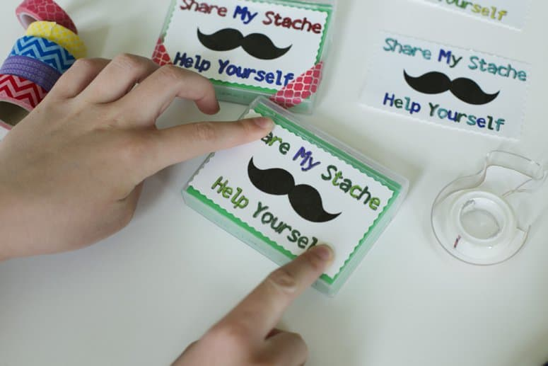 Share My Stache Gum Case