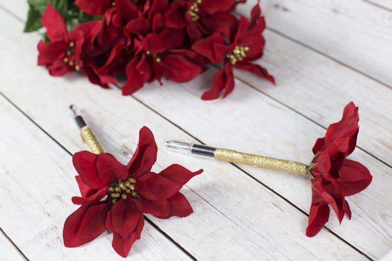 DIY Christmas Poinsettia Flower Pen Gift