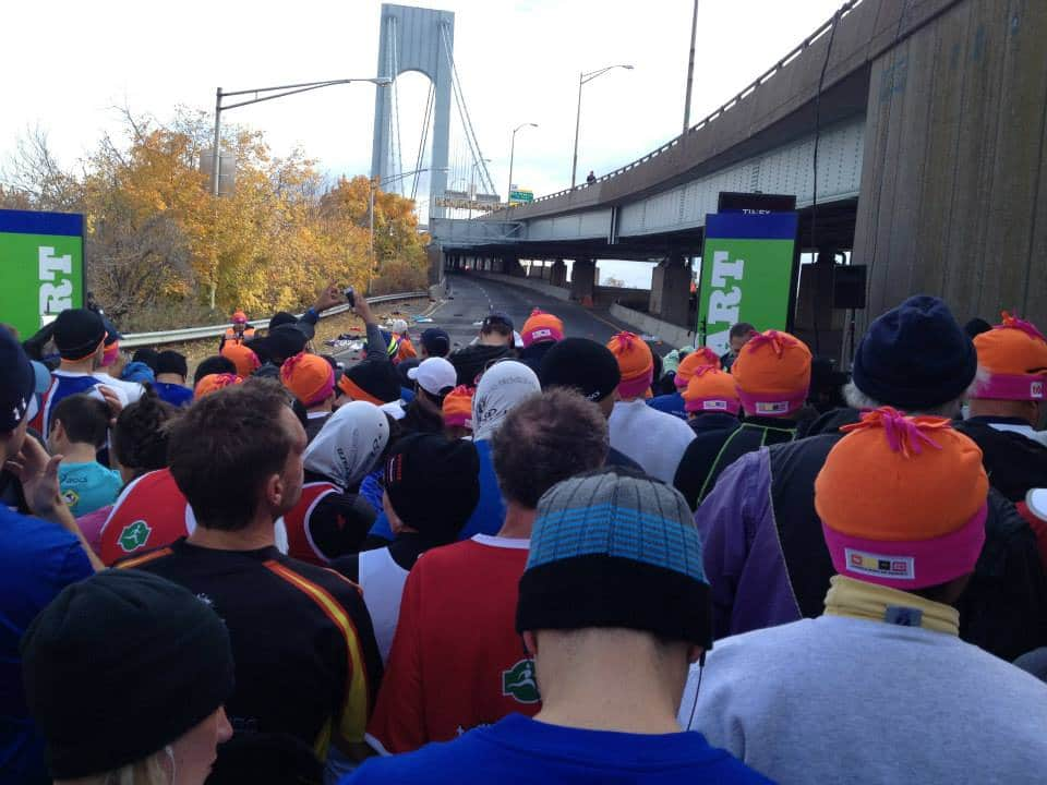 New York Marathon tips onboard. Now time to start on the lower section of the Verranzano Narrows-Bridge.