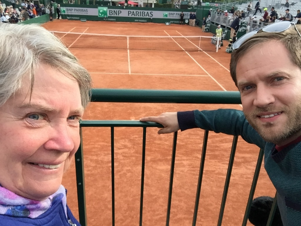 The front row of Roland Garros court 7
