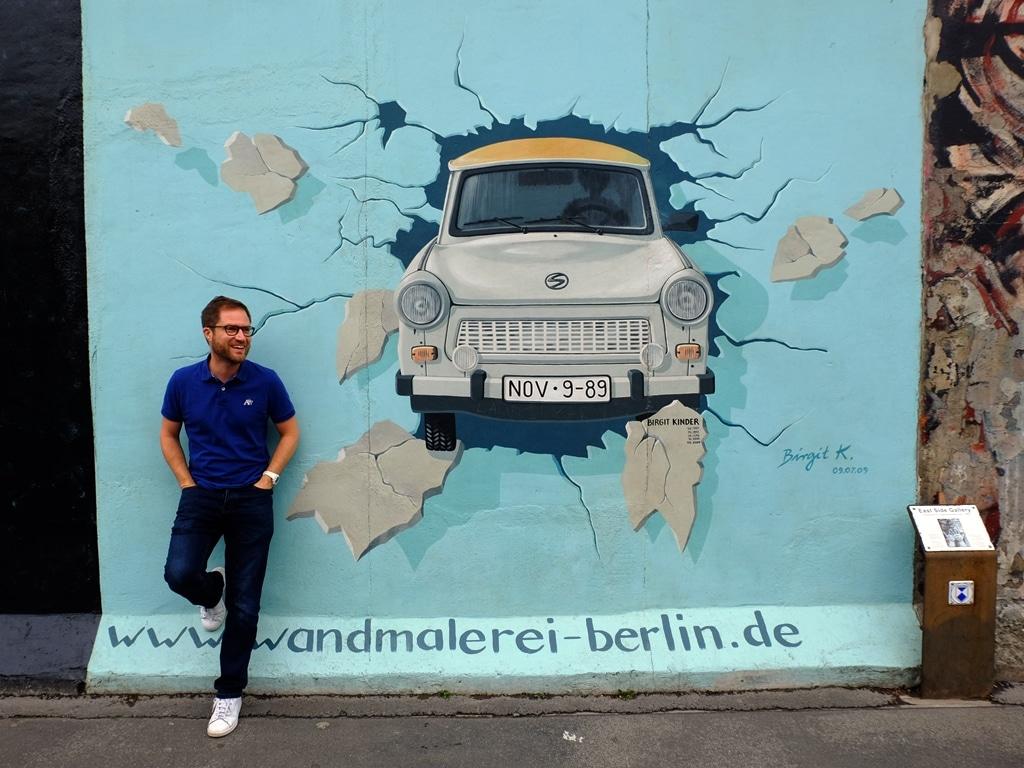 Berlin Wall East Side Gallery - Trabi! Birgit Kinder: Test the Rest