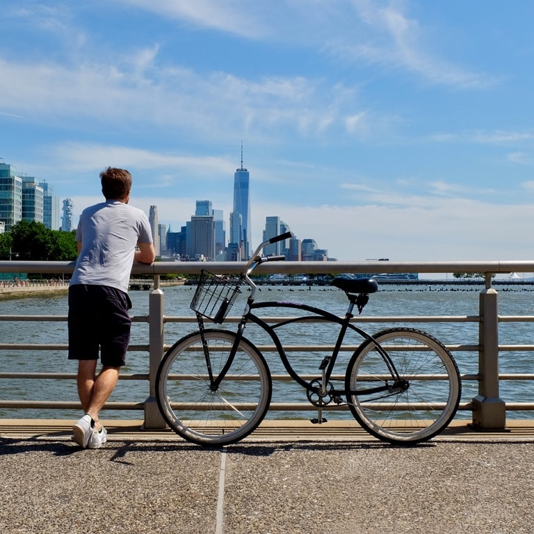 Bicycle along the Hudson River Greenway