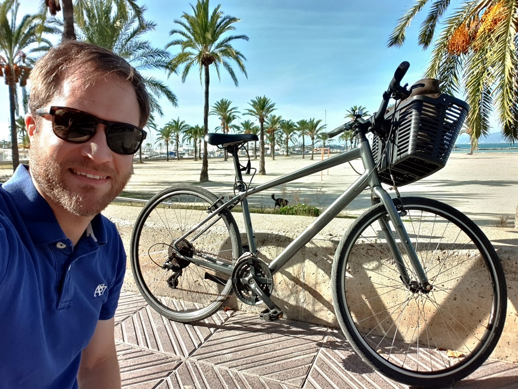 Hiring a bike in Palma & cycling to El Arenal