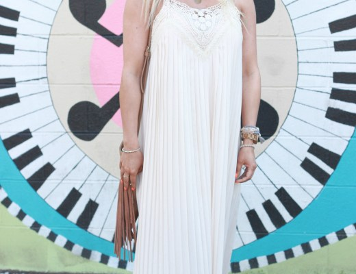 Lucy Couture Fergie Maxi in Cream.