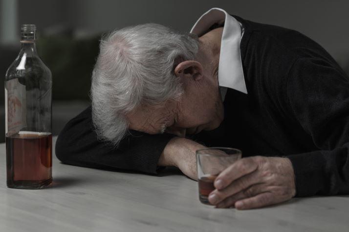 alcoholism-in-seniors-big-hearts