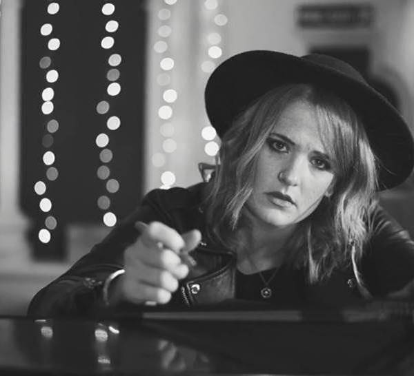 Elles Bailey releases her double A side, video AND is announced to play Ramblin' Man