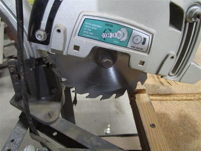Dewalt 700 Radial Arm Saw