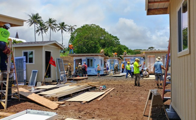 Community Comes Together To Build Tiny Homes For Puna