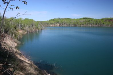 canisteo mine pit