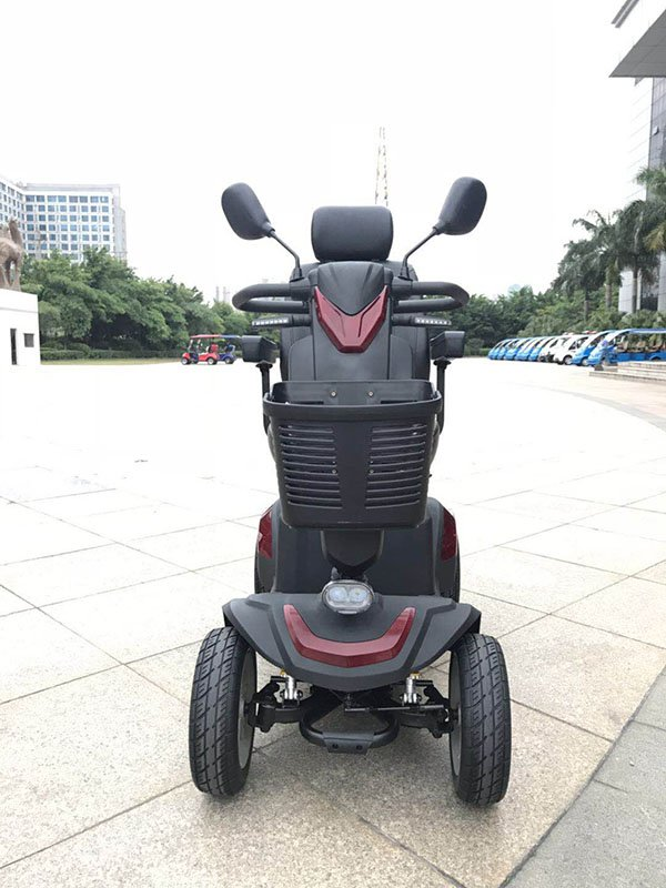 Big Mikes mobility scooter Summit K2- gallery-k2-outdoor-front