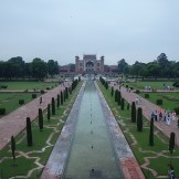 Looking from the Taj Mahal back to the entrance gate (Agra, India)