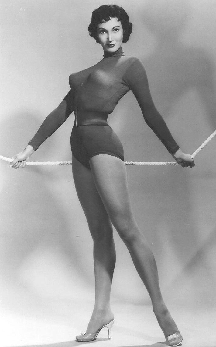 pics Sylvia Lewis