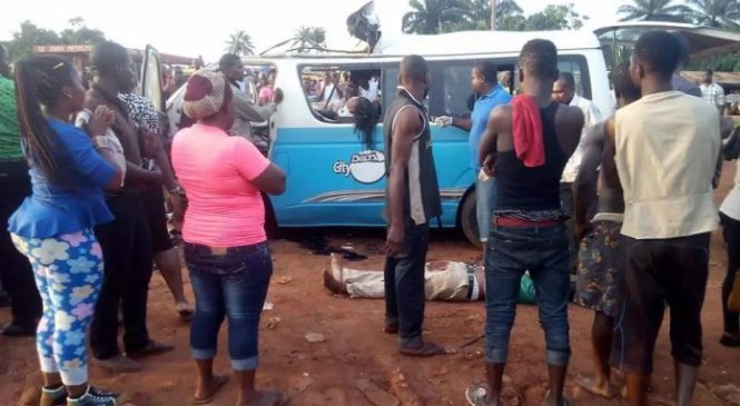 Delta Line Bus Crashes In Delta, Killing Eight, Injuring Seven Others