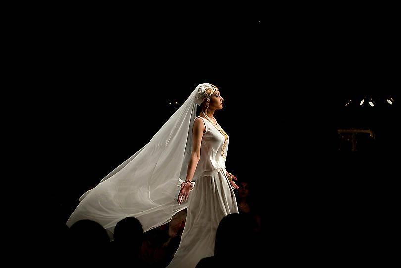 fashion1A.sJPG 900 540 0 95 1 50 50.sJPG  Исламабадская неделя моды