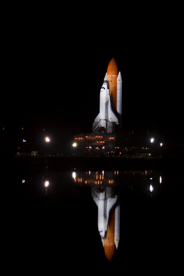 space shuttle preparation 16 Шаттл Discovery готовят к последнему полету
