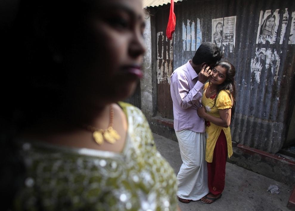 Малолетние проститутки бангладеша шансон про проститутку