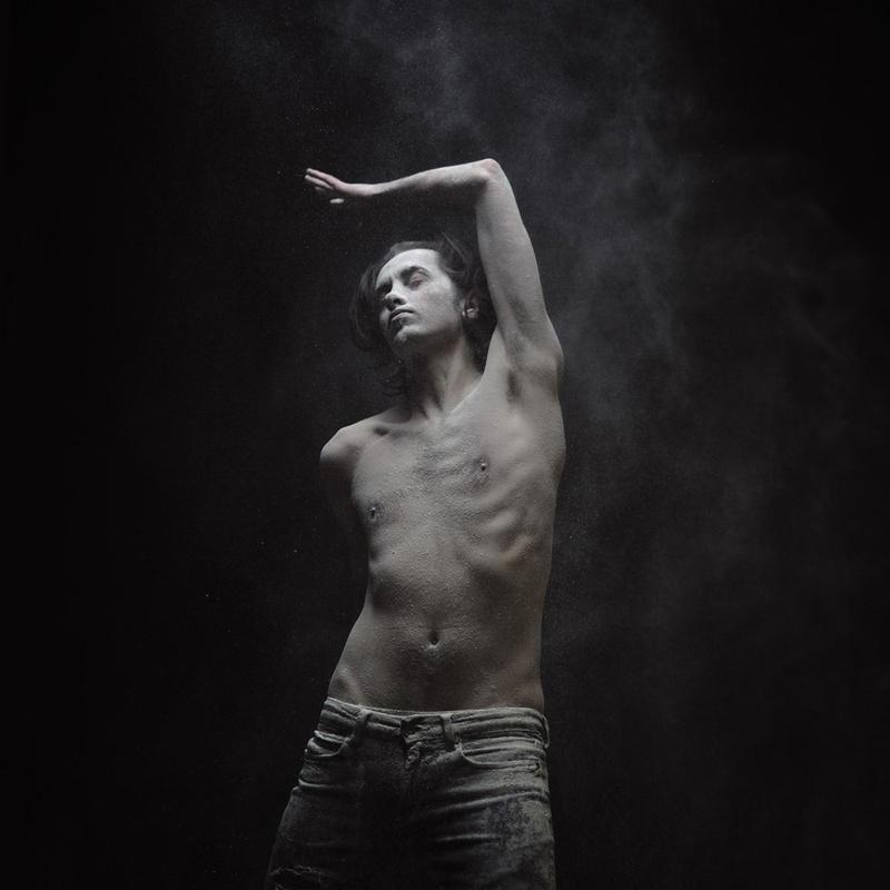 olivier3 Прах   нетривиальная эротика от Оливера Вальсеччи