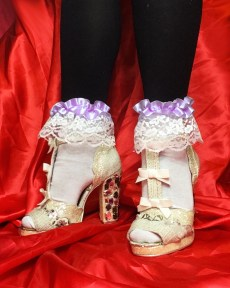 purple-pastel-ribbon-lace-white-socks