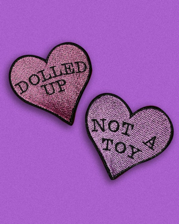 kawaii-cute-pastel-goth-doll-embroidery-patches