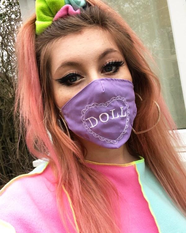 kawaii-doll-pastel-fashion-heart-cute-mask