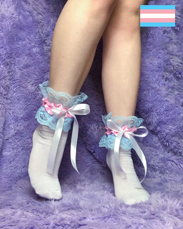 trans-pride-flag-frilly-cute-socks-blue-pink-white