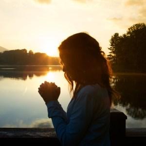 Woman Praying Square Pic