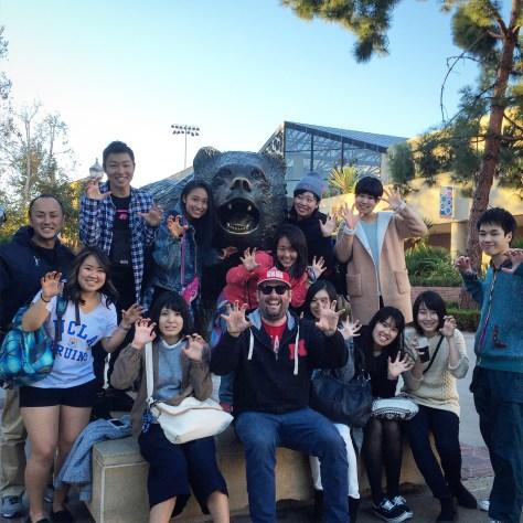 UCLA BRUIN BEAR
