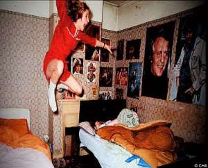Evidence of supposed levitation from the Enfield Poltergeist/Haunting case.