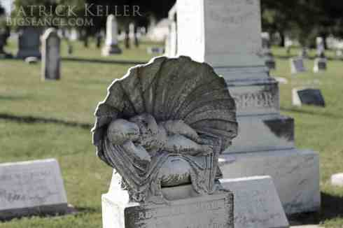 cemetery-photography-baby-shell-st-charles-missouri