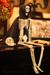 Halloween Altar Skeleton