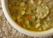 Vegetable Korma and Biriyani https://bigsislittledish.wordpress.com/2011/10/17/vegetable-korma-and-biriyani/