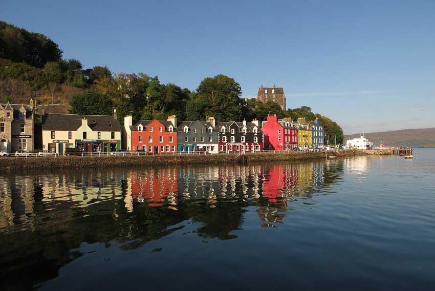 Scottish island hopping holidays tobermory