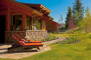 Numerous outdoor spaces accommodate sun or shade, views of the Teton range or more intimate favorites.